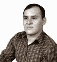 A photo of Carlos Mejía Orellana
